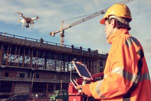 Drony ze sztuczną inteligencją. Inżynierowie coraz odważniejsi