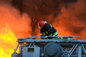 Wybuch w zakładzie produkcyjnym. Dwie osoby ranne, 74 ewakuowane