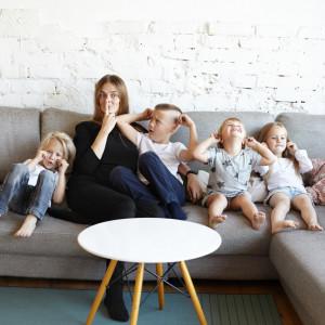 Zasiłek opiekuńczy dla rodziców zostaje na dłużej. Wnioski można już składać