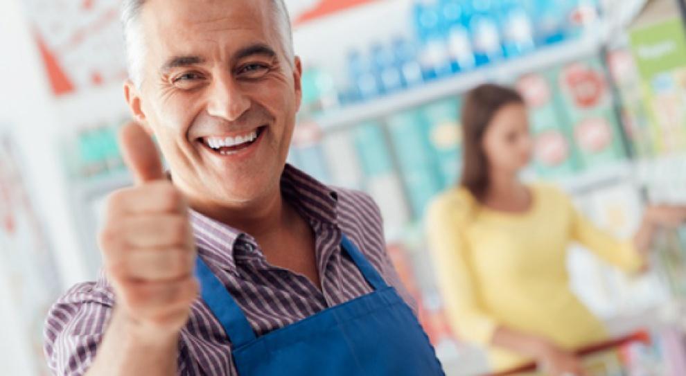 """Zalety przedstawicieli pokolenia """"baby boomers"""" mogą być również z sukcesem wykorzystywane w zawodach związanych z nawiązywaniem kontaktów czy obsługą klienta. (Fot. Shutterstock)"""