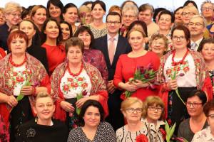 Premier Morawiecki o równości kobiet i mężczyzn na rynku pracy