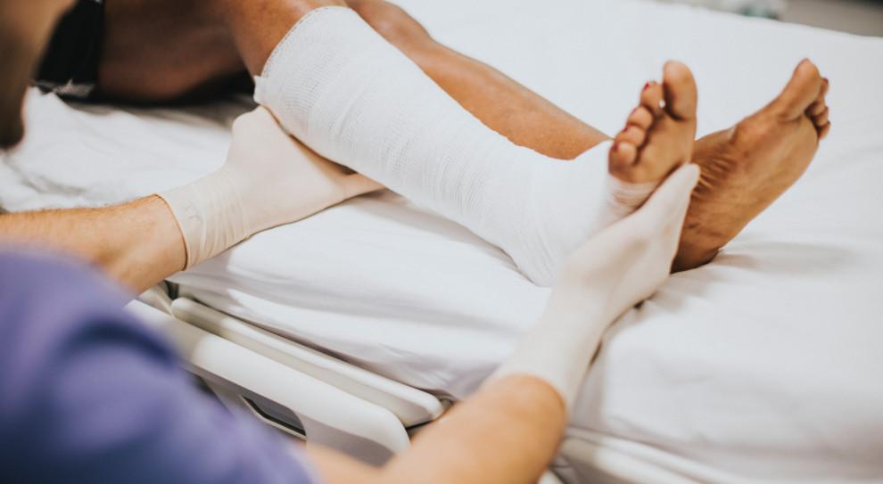 Braki kadrowe w zawodach medycznych i okołomedycznych są coraz bardziej dotkliwe