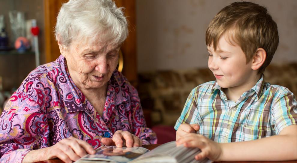 Minister Rafalska zachęca do składania wniosków o Mama 4+