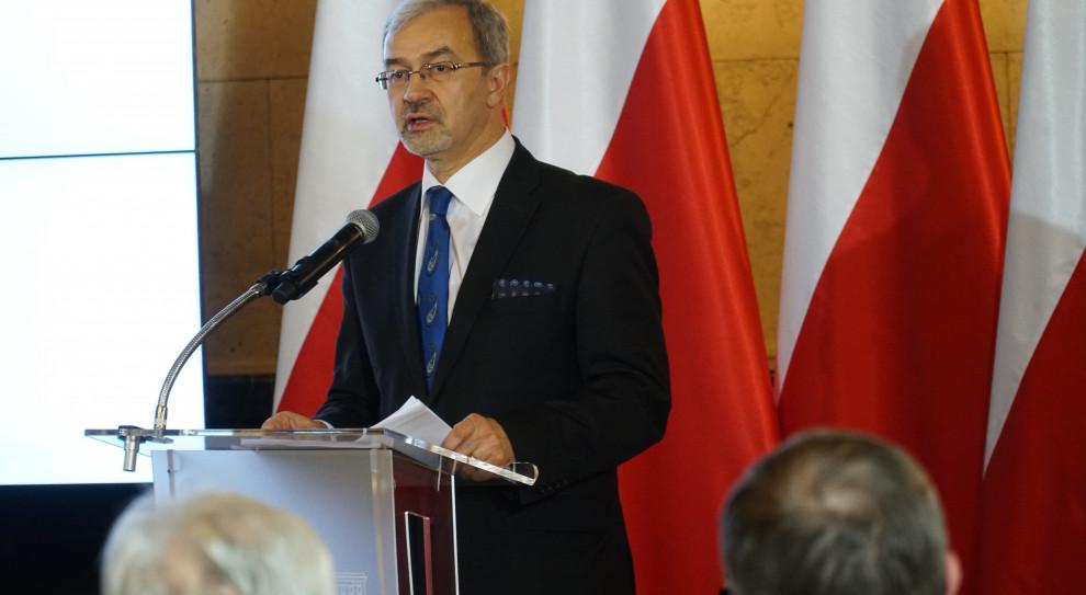 Minister Kwieciński przypomina o funduszach na dokształcanie