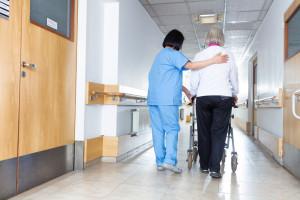 Odradza się zawód pielęgniarki i położnej. Czas najwyższy
