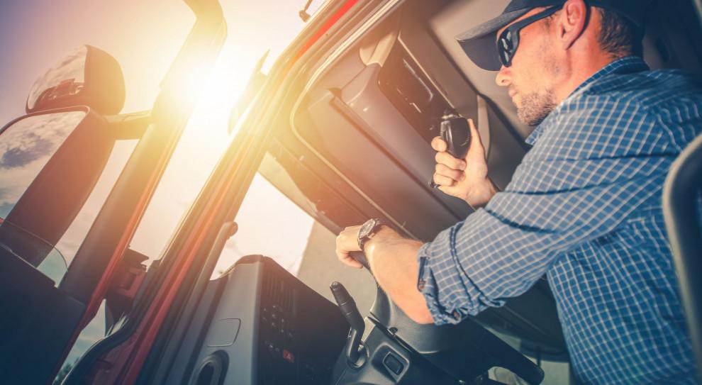 Nawet 40 tys. zł kary za nieprawidłowości. Jak prawidłowo rozliczać czas pracy kierowców?