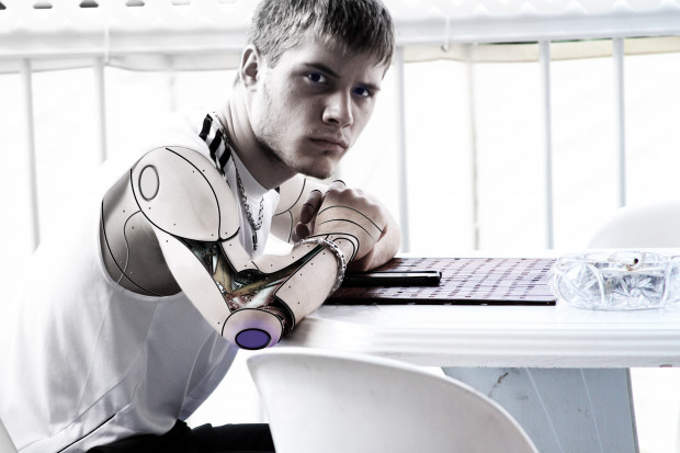 """Automatyzacja w Europie wchodzi w nową fazę. Czas na """"dopasowanie"""" pracowników"""