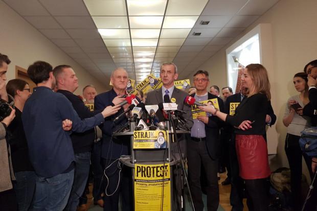 Sławomir Broniarz apeluje do premiera. 1000 zł podwyżki dla nauczycieli
