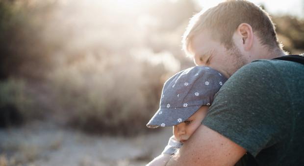 Unia Europejska wyśle ojców na urlopy rodzicielskie