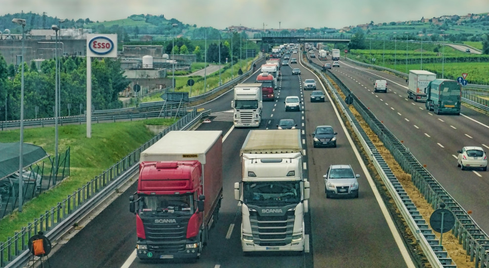 Bułgarscy przewoźnicy spalili ciężarówkę w proteście przeciw przepisom UE