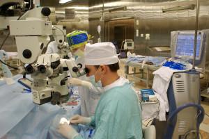 Wciąż brakuje lekarzy, ale wśród pielęgniarek trend się zmienia