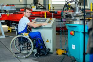 Niepełnosprawni na rynku pracy. Ponad milion nie pracuje w wieku aktywności zawodowej