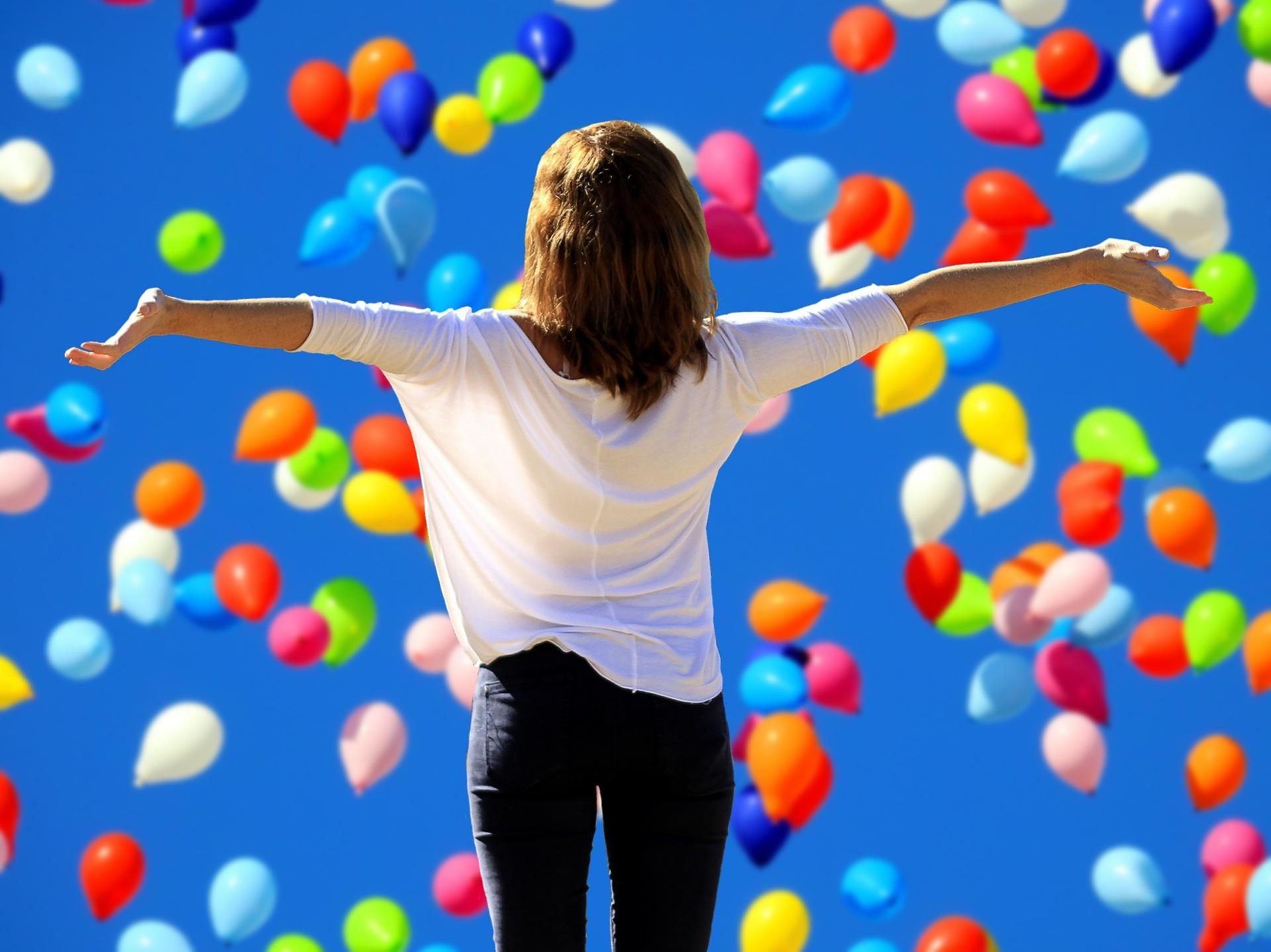 Warto pamiętać, że przy kreatywnych zawodach i przy tworzących pracownikach nie sprawdza się mikrozarządzanie. (fot. pixabay.com)