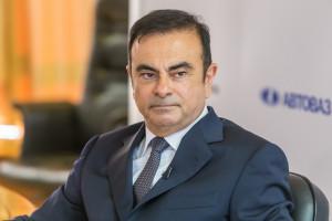 Carlos Ghosn pozostanie w areszcie. Prawnicy nie pomogli