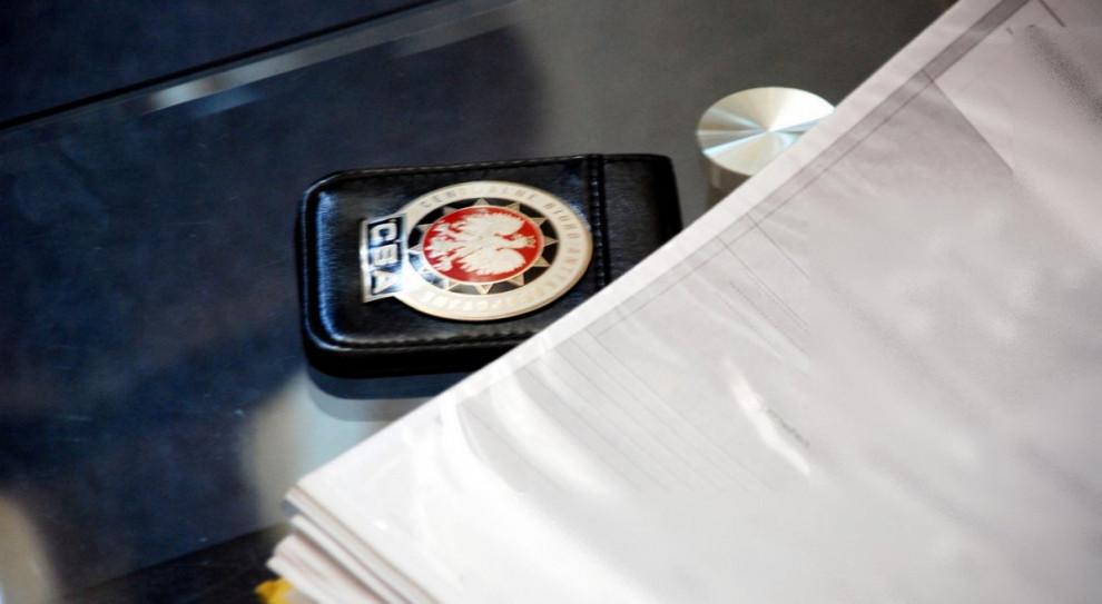 CBA zatrzymała kolejne dwie osoby w śledztwie dotyczącym wyłudzeń VAT za kartony