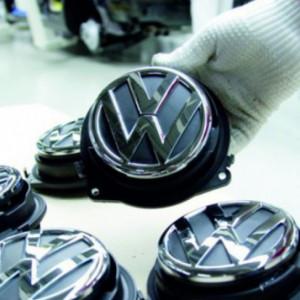 Volkswagen chce otworzyć fabrykę baterii dla pojazdów elektrycznych