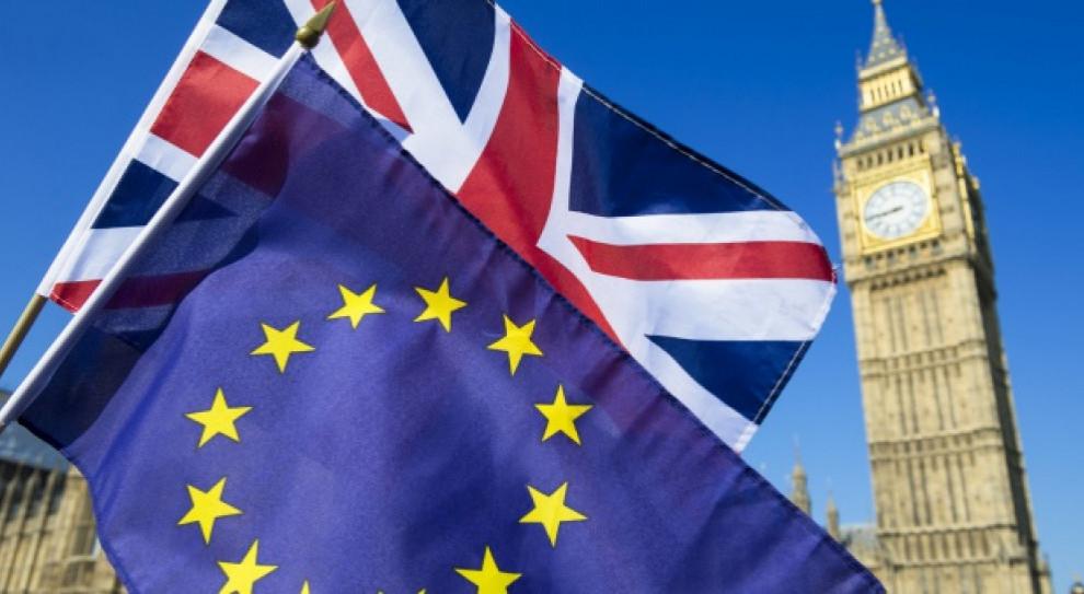 Twardy brexit zmniejszy emerytury Polaków