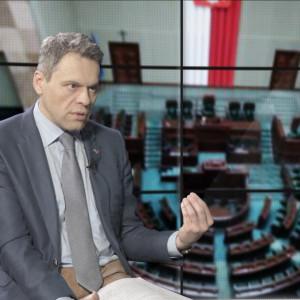Piątka Kaczyńskiego za wyższy ZUS i test przedsiębiorcy?