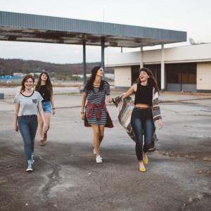 Przed dziewczynami z domów dziecka otwierają się perspektywy na dobrą pracę