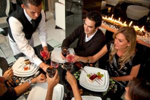 Emerytura plus i 500 plus zapewnią tłumy w hotelach i restauracjach?