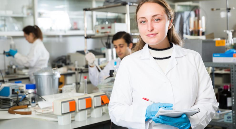 Nawet do 5390 zł miesięcznie dla wybitnych młodych naukowców