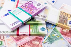 Wypłata w euro? Petru ruszył z kampanią na rzecz przyjęcia tej waluty w Polsce
