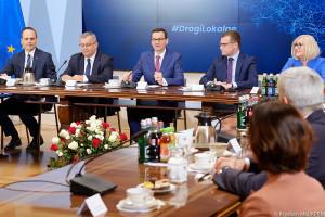 Morawiecki nie szczędzi pochwał na 100 lat Uniwersytetu Poznańskiego