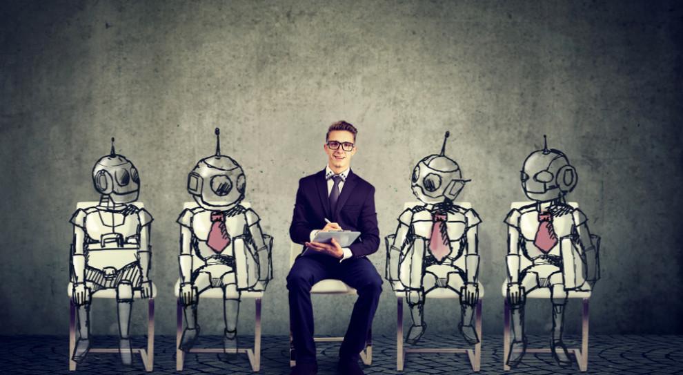 Oto jak automatyzacja wpłynie za zatrudnienie. Gdzie będą zwalniać, a gdzie przyjmować do pracy?