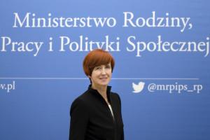 Elżbieta Rafalska: Poprawimy sytuację pracowników socjalnych