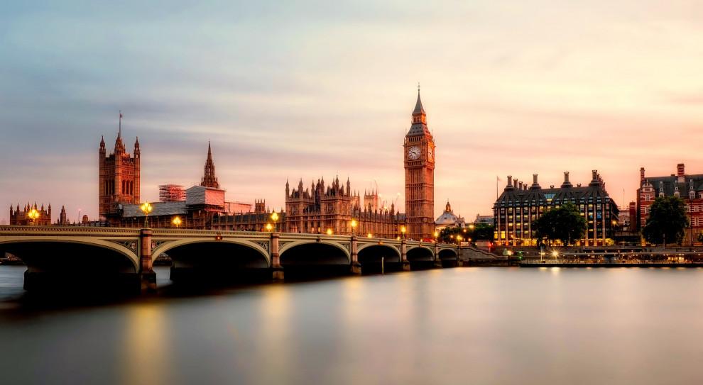 Kapten startuje w Londynie