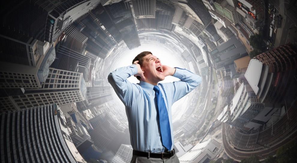 Wśród osób w wieku od 16 do 34 lat blisko trzy czwarte (63,28 proc.) poruszyłoby kwestię problemu ze zdrowiem psychicznym w pracy. (Fot. Shutterstock)