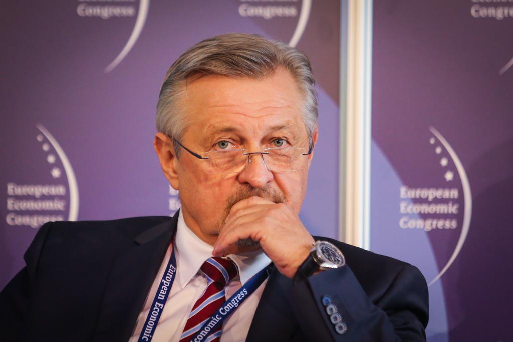 Jerzy Bar, twórca i właściciel firm rodzinnych Towarzystwo inwestycyjne BTA, fundator Polskiego Klubu Nestora i Sukcesora.