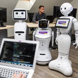 Robot za barem czy w recepcji? To już się dzieje