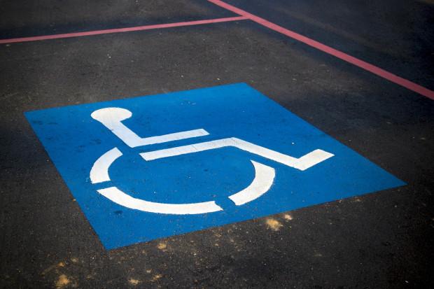 Niepełnosprawnym będzie łatwiej znaleźć pracę.  Dzięki nowej ustawie