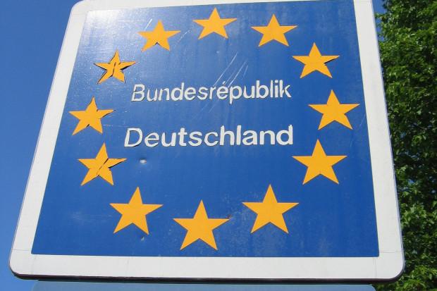 Niemcy biją rekordy w nakładach na integrację uchodźców