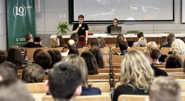 W październiku studenci wrócą do zajęć stacjonarnych