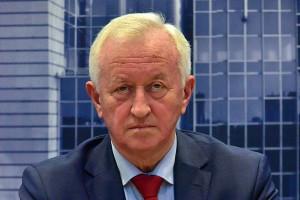 Europoseł obiecuje 100 euro pensji minimalnej za 3-4 lata
