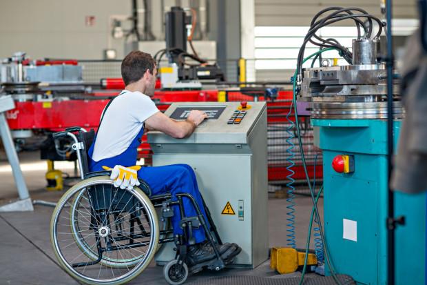 57 mln zł na zwiększenie niepełnosprawnym dostępności. Także do pracy
