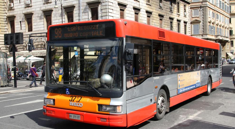 Włochy. Kierowcy autobusów masowo zgłosili się pracy w komisjach wyborczych. Konieczne zmiany w ruchu