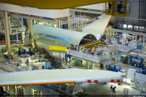 """Pracownicy Airbus Poland ze wsparciem związkowej """"góry"""""""