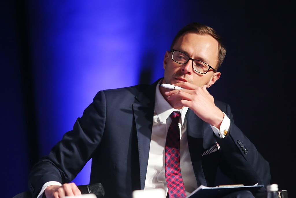 Adam Czerniak, główny ekonomista, dyrektor ds. badań, Polityka Insight