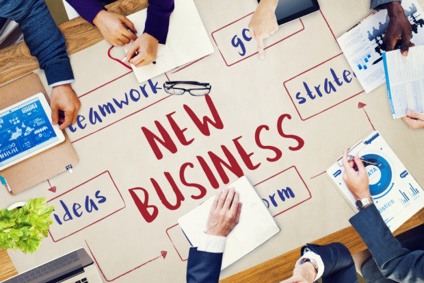 Praca non-stop i żelazna konsekwencja. Oto przepis na sukces start-upu