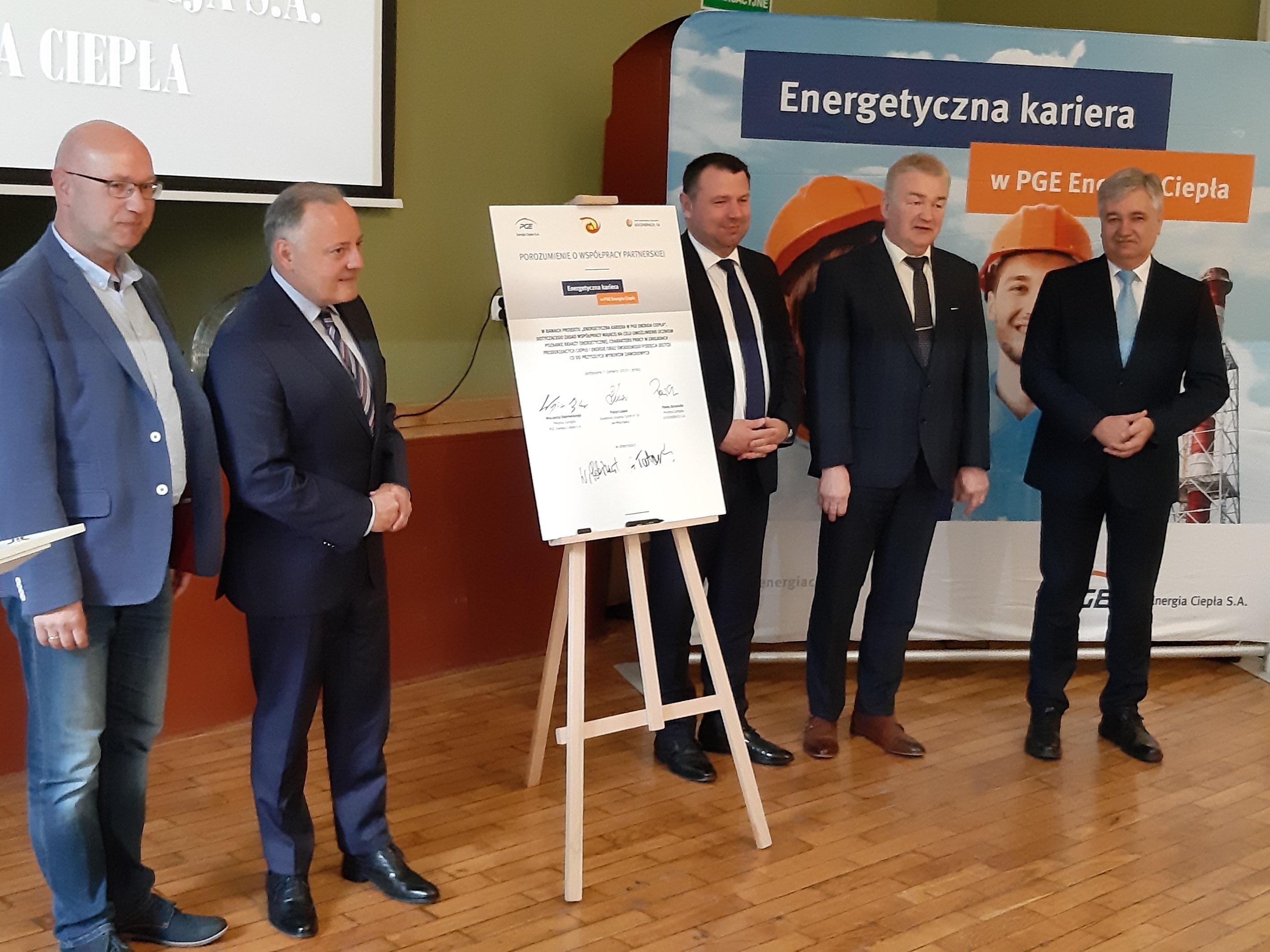 Inauguracja projektu Energetyczna Kariera w Zespole Szkół nr 18 we Wrocławiu. (fot. PGE /materiały prasowe)