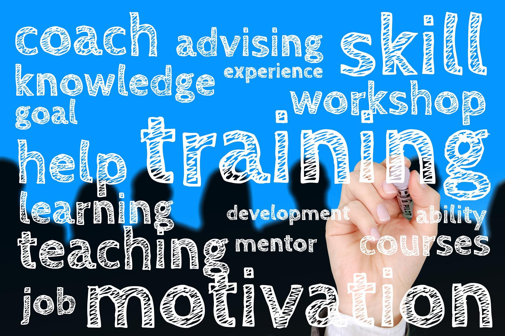 Następnym etapem warunkującym udaną rekrutację jest proces wdrożeniowy. 9 na 10 osób przyjętych do pracy zostaje w niej dłużej, jeśli w pierwszych 3-6 miesiącach są odpowiednio wspierani przez liderów. (fot. pixabay.com)