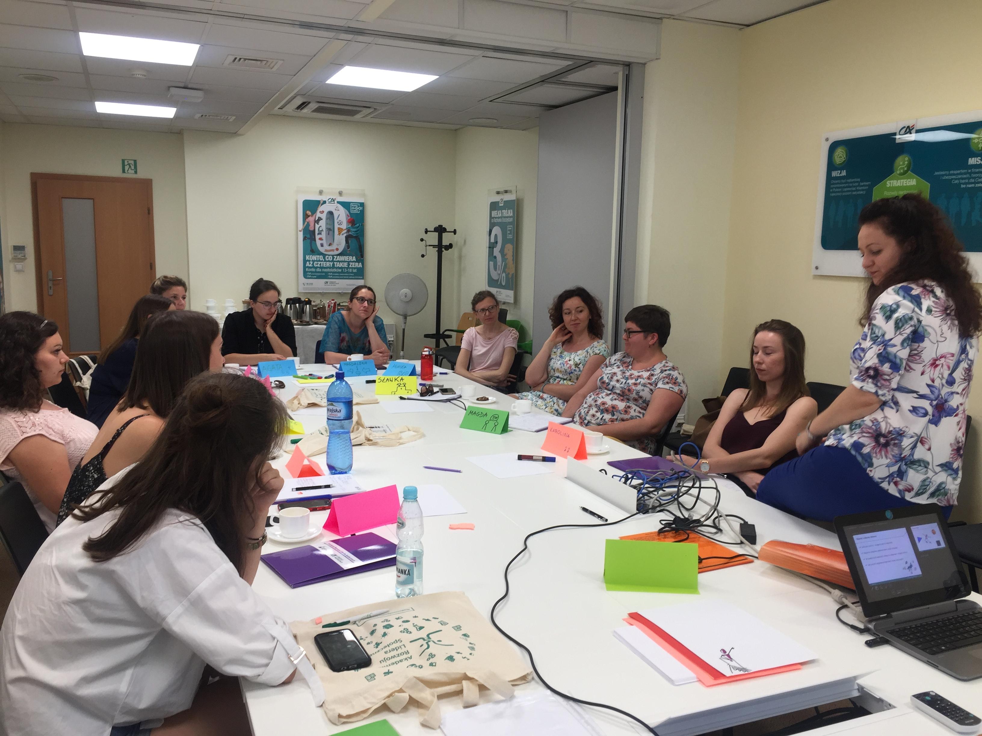 Uczestnicy warsztatów zorganizowanych w ramach Akademia Rozwoju Lidera Społecznego (fot. Credit Agricole/materiały prasowe)