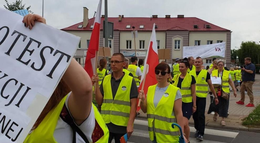 Pracownicy Inspekcji Weterynaryjnej kontynuują protesty