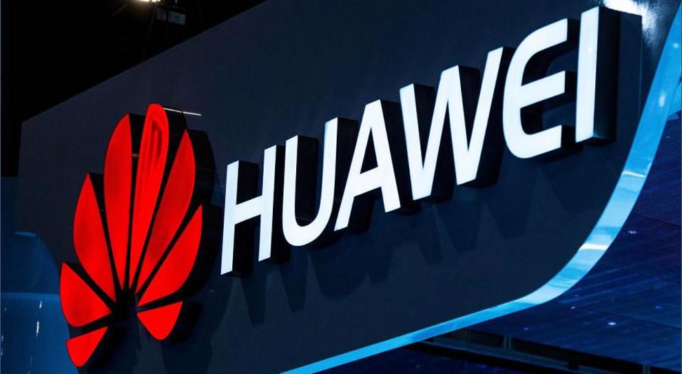 Nietypowa ulotka motywacyjna Huawei nabiera nowego wydźwięku
