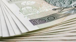 Prawie 1,5 mln Polaków dostaje pensję pod stołem. Jednak wystarczy zmienić jedną rzecz