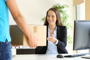Odbierasz prywatne paczki w miejscu pracy? Możesz mieć kłopoty
