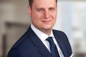 Filip Rdesiński złożył rezygnację z funkcji prezesa Polskiej Fundacji Narodowej